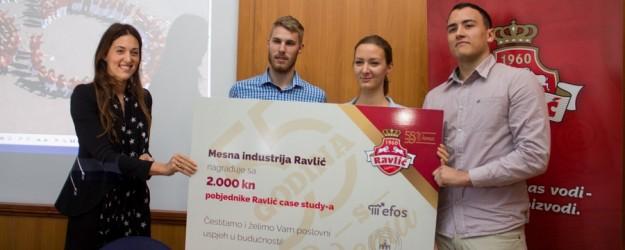 urucenje-nagrade-Ivana-Ravlic-i-pobjednicki-tim-625x250 (1)